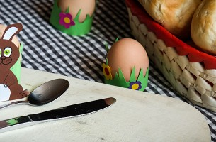 Osterbasteln-Eierbecher-Titelbild